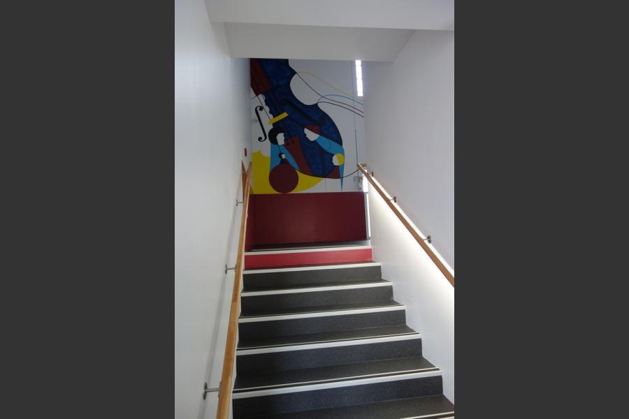 Pole socio culturel a craon (53) - realisation de decor peint